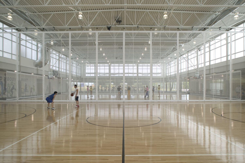 Kirkwood college recreation centre solera light reading for Schule design